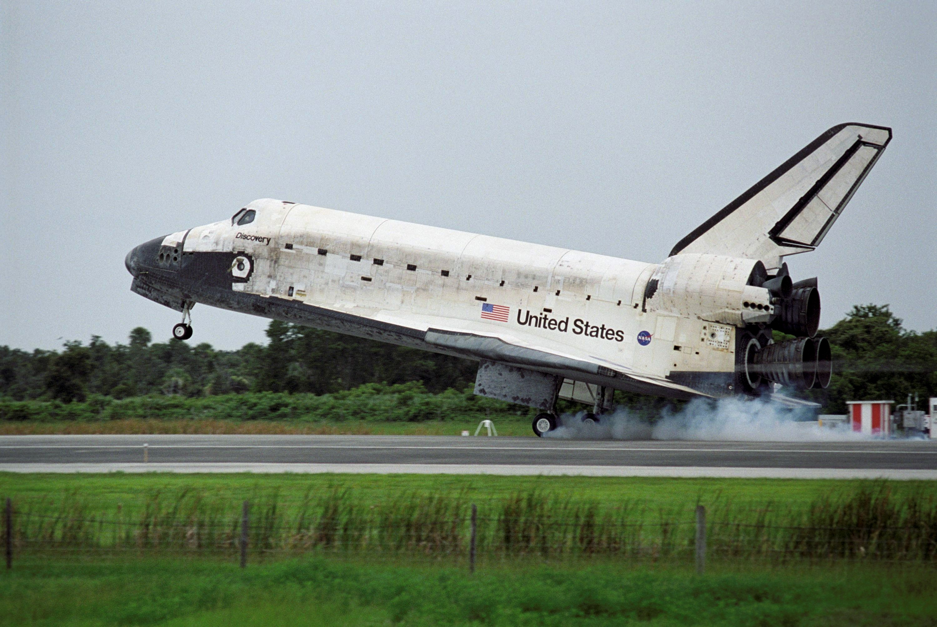 discovery space shuttle disaster - HD 3000×2008