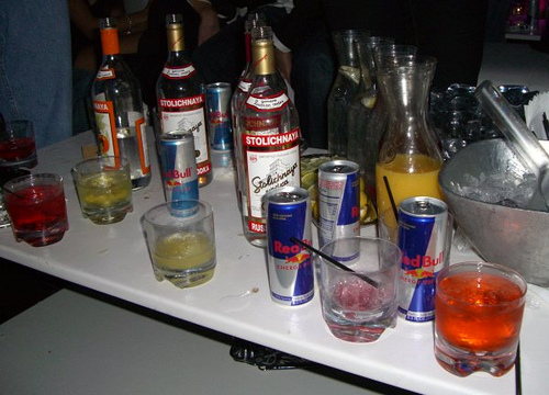 File:Vodka.jpg
