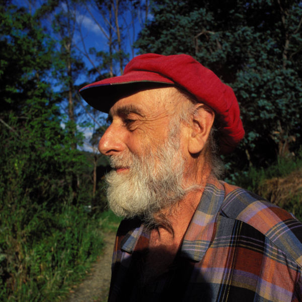 File:Hundertwasser on his ground in New Zealand 1998.jpg