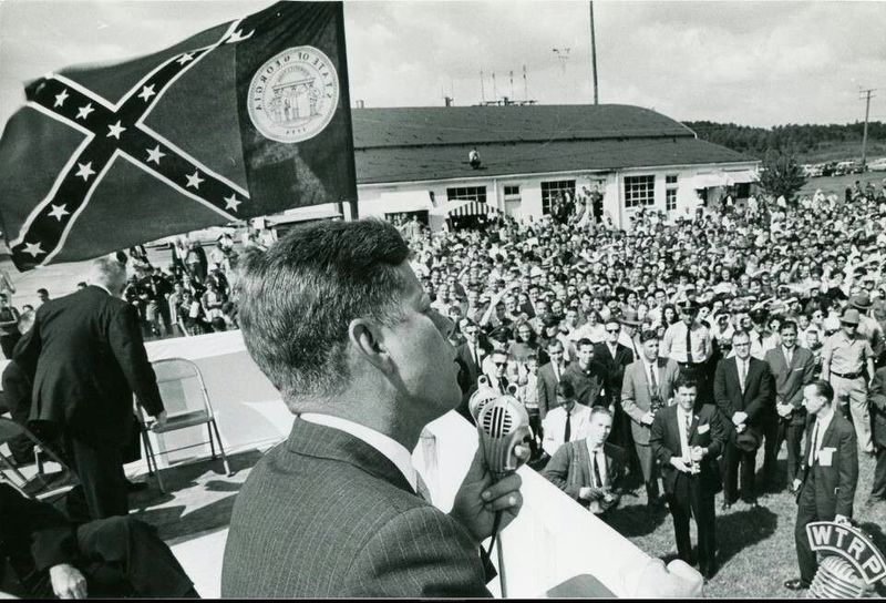 File:Kennedy on the campaign trail.jpg