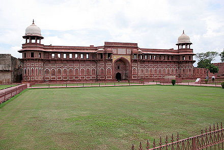 Jahangiri Mahal - Agra Fort India.jpg